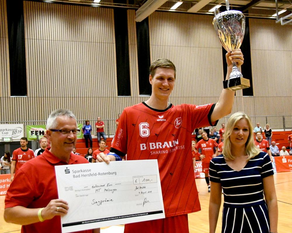 MT Melsungen gewinnt Sparkassen-Handballcup nach dramatischem Siebenmeterwerfen